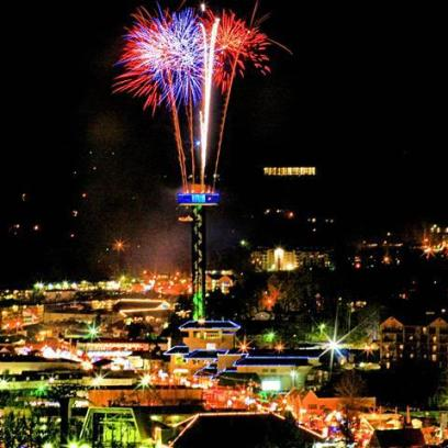 Gatlinburg_Space_Needle_New_Year_Celebration_Events