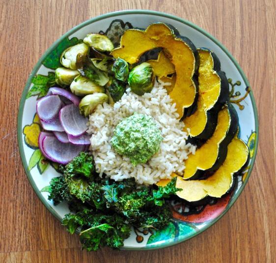 Dancing for Donuts | Roasted Autumn Vegetable Bowls + Arugula Walnut Pesto.