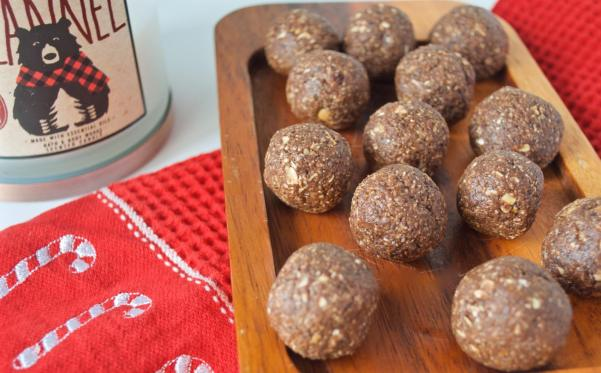 Dancing for Donuts   Peppermint Protein Brownie Bites with Further Food Collagen