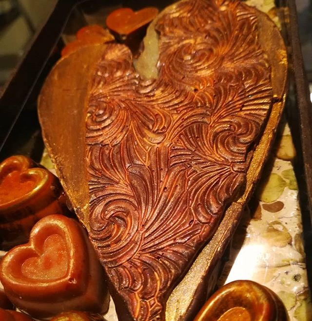 VORTEX HEART - only three of the eight 2019 Limited Edition Heart Boxes remain.#chocolatier #chocolateasart #caramel #nougat #chocolate #sculpture #limitededition