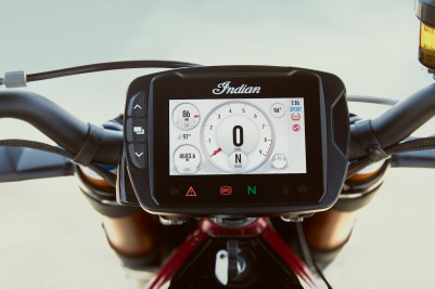 The 2019 Indian FTR 1200 S comes equipped with a version of Indian's commendable Ride Command system. This version does not include a built-in GPS system, however.