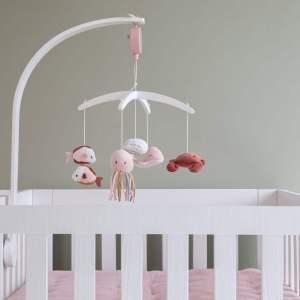 Carusel muzical bebelusi