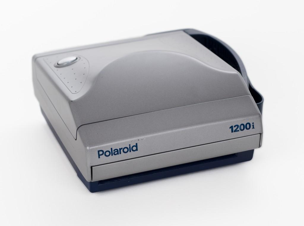Polaroid 1200i folded