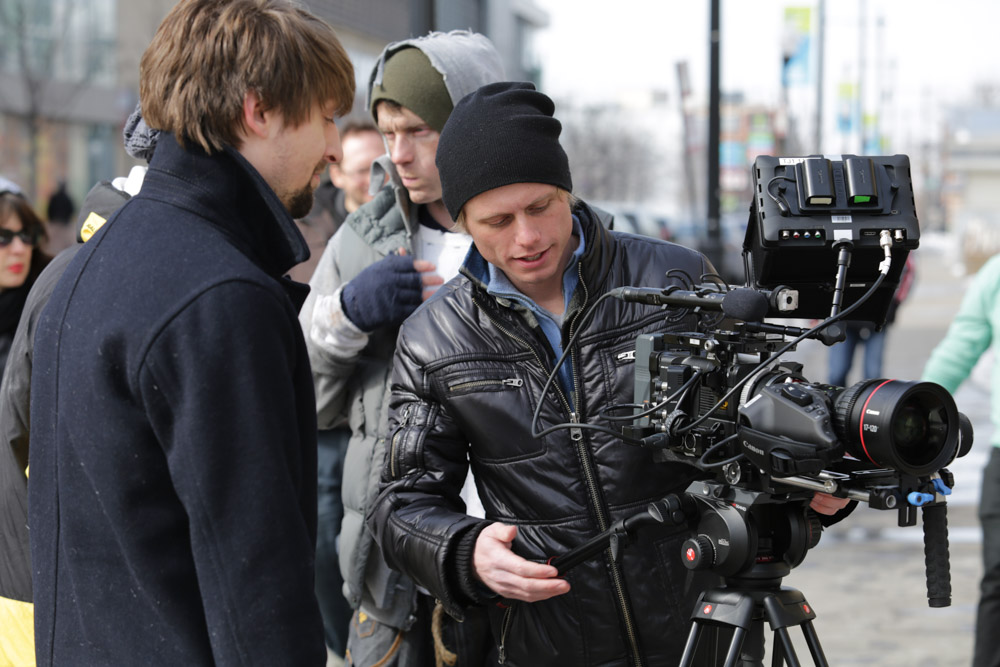 Camera assistants looking good with the camera. (Photo by Will Thwaites)