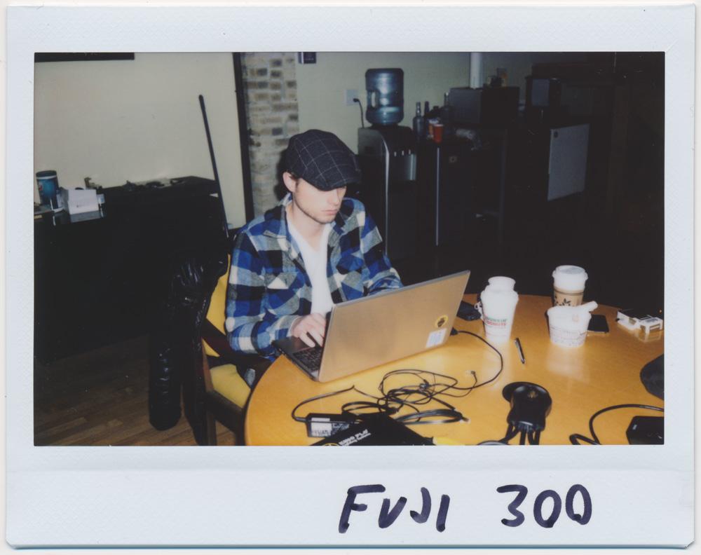 Fuji 300, flash on