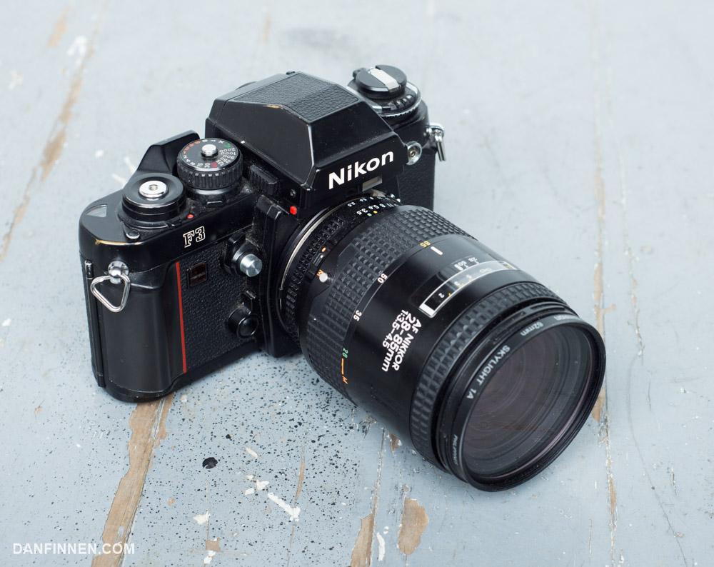 Nikon2885zoom-1