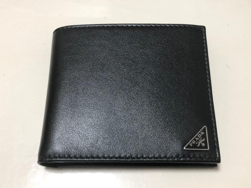 パリ アウトレット 戦利品(2) PRADA 2つ折り財布