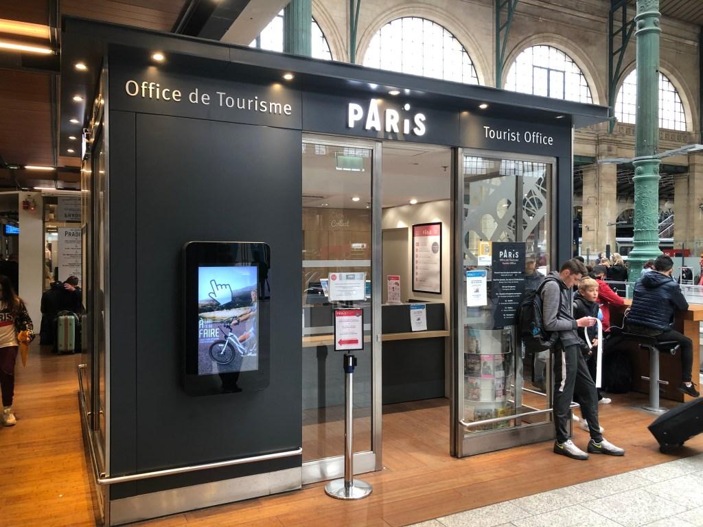パリ北駅構内にあるツーリストオフィス