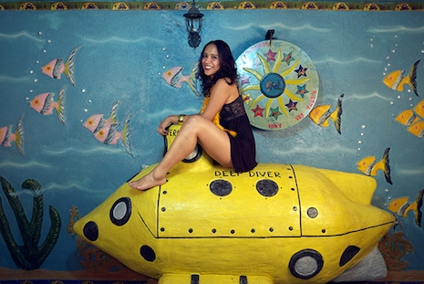 Awesome cheesecake photos from the weirdest, kitschiest 'sex hotel' in Colombia