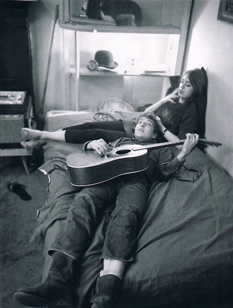 Bob Dylan and Suze Rotolo in Greenwich Village, 1962