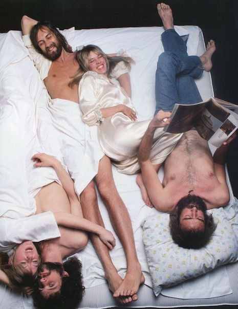 Fleetwood Mac first cover for Rolling Stone, March 24th, 1977. By Annie Leibovitz