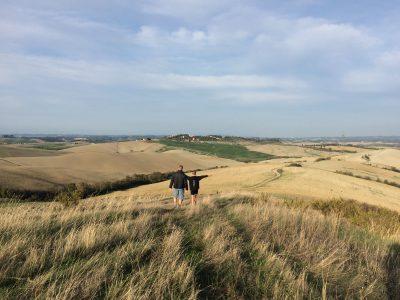 Toskana - Spaziergang über die Felder
