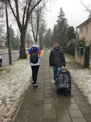 "Uns reicht's! Wir entfliehen dem Berliner ""Frühlingswetter"" nach Budapest."