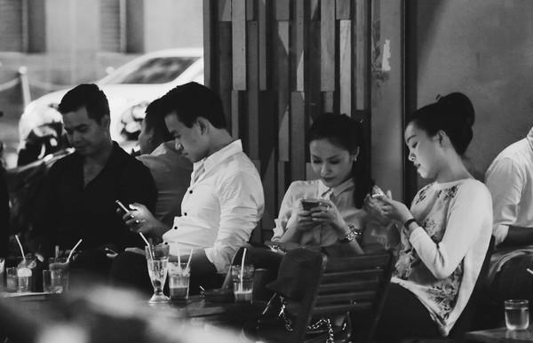 smartphone, người việt, cuộc sống hằng ngày, chi phối, Bài chọn lọc,