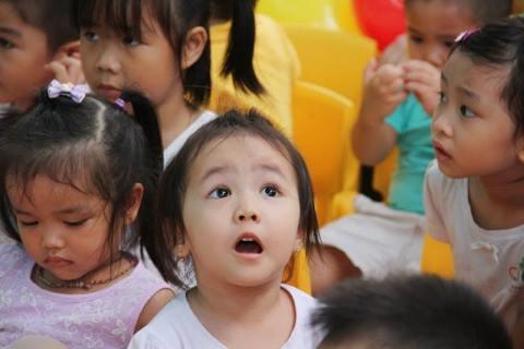 10 chuyện ngược đời trong cách dạy trẻ ở Việt Nam