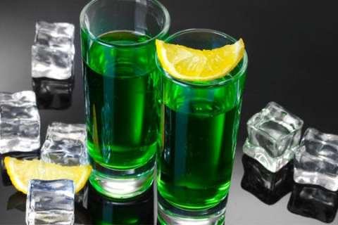 Tổng hợp đặc sản Bà Rịa Vũng Tàu: Rượu áp xanh Vũng Tàu - Vietflavour