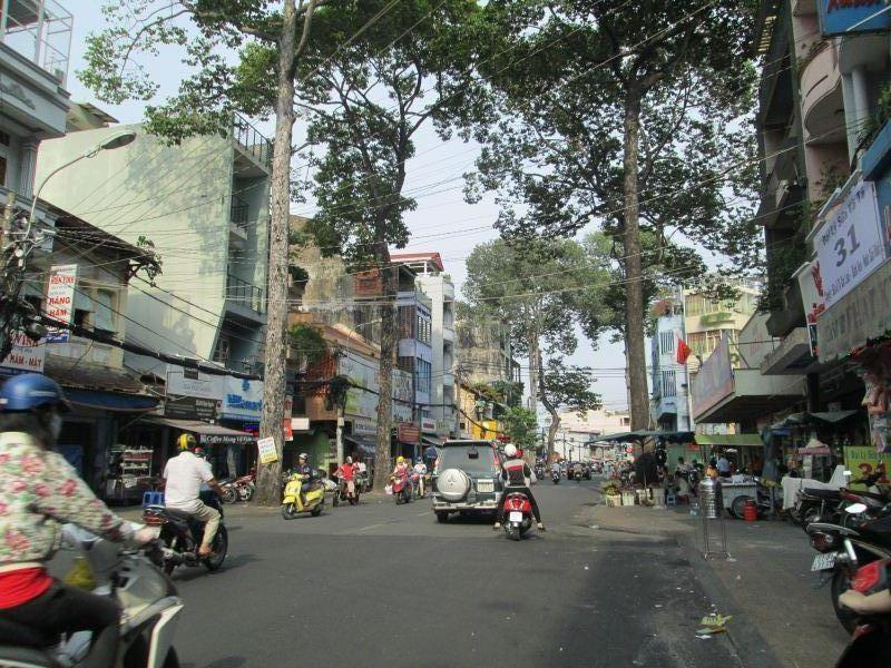 Bán nhà MT Bà Huyện Thanh Quan, P. 6, Q. 3,dt: 4x20m, trệt + 4