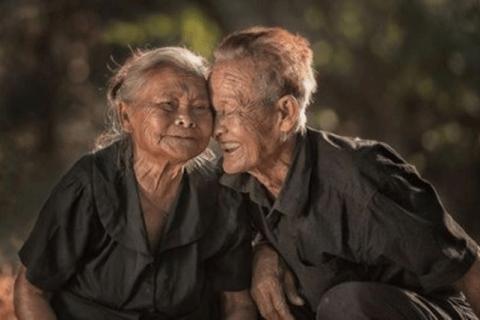 Nguyen DuyenKy: Người đến tuổi già nên làm gì?...