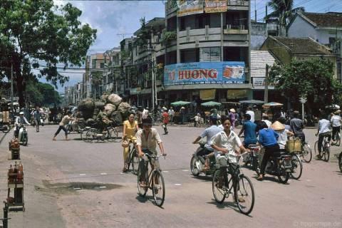 Nét 'quê mùa' của Đà Nẵng năm 1991 – 1992 qua ống kính Hans-Peter Grumpe