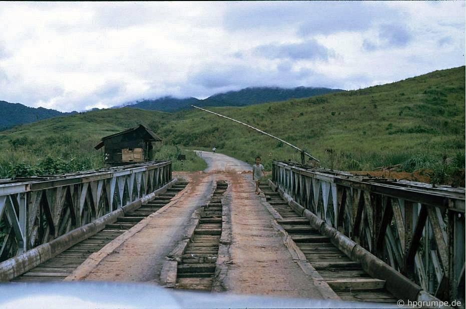 Điểm kiểm soάt giữa Đông Hà và Khe San