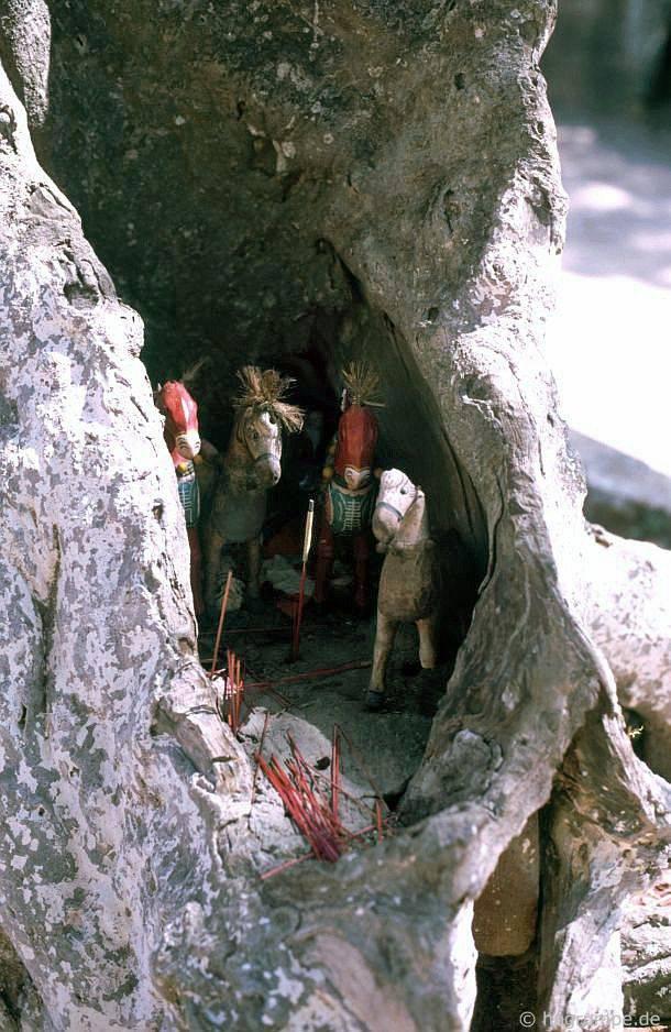 Nha Trang: Khu mộ ở Po Nagar