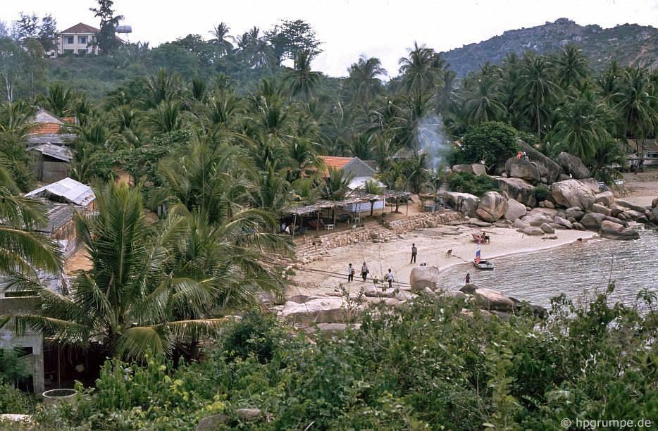 Nha Trang: Vịnh đά