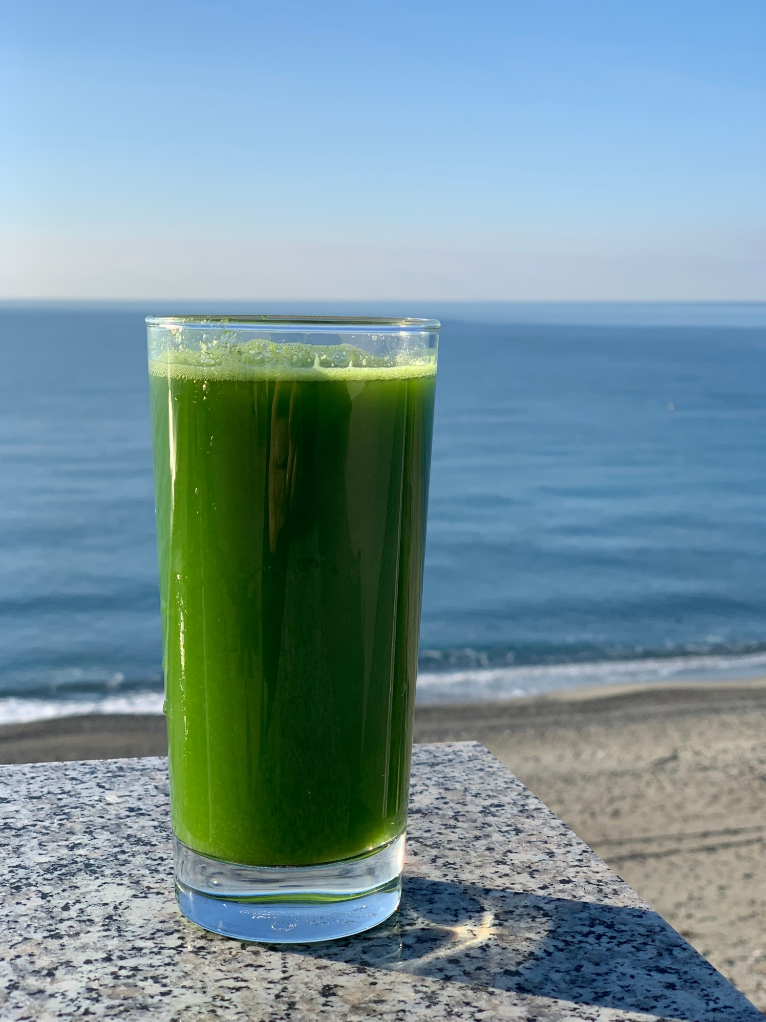 The benefits of Drinking Celery Juice For 30 Days