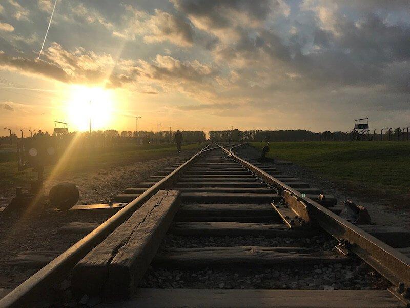 Sina cale ferata Auschwitz Polonia Daniela Bojinca Blog
