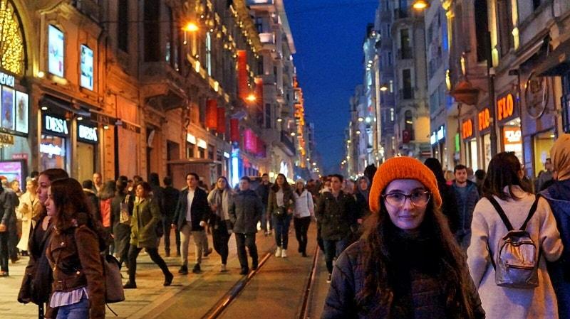 piata taksim daniela bojinca blog