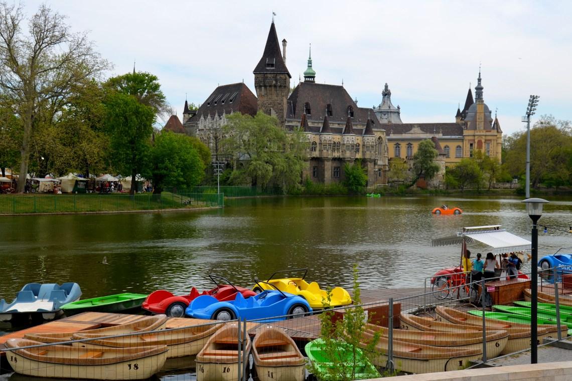 Castelo Vajdahunyad, budapeste, hungria, pontos turísticos