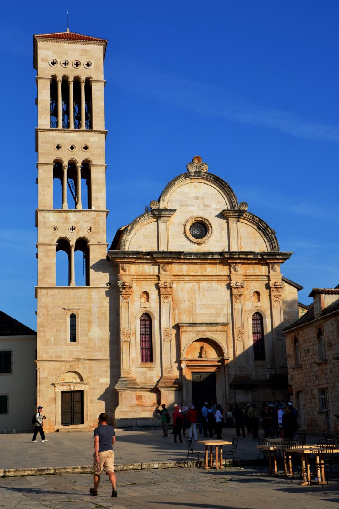 catedral de são estevão - st stephen's cathedral- hvar - croácia