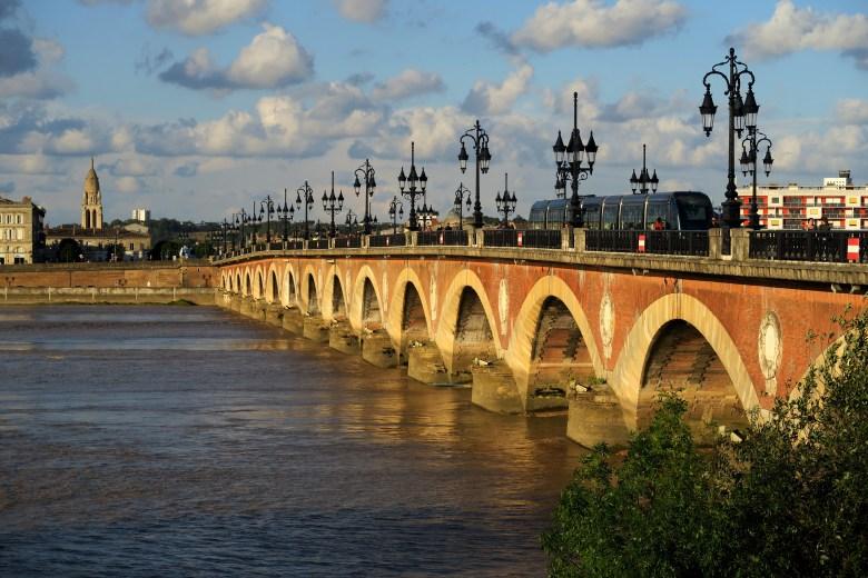 pont de pierre - bordéus - bordeaux - frança - pontos turísticos