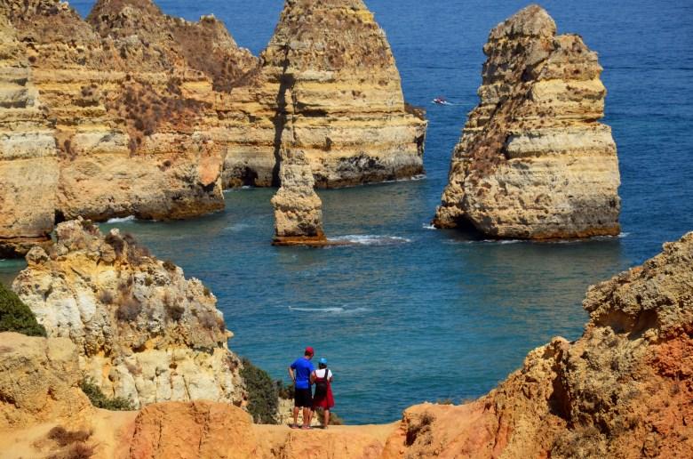 ponta da piedade - as melhores praias do algarve - portugal - turismo
