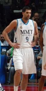 Felipe_Reyes-32Real_Madrid-CB_Sevilla_marzo_2013