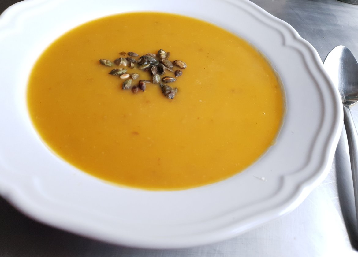 Roasted butternut squash and toasted pumpkin seeds