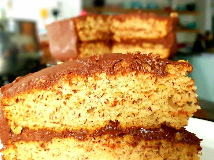vegan chocolate banana cake