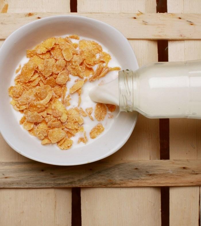 Afinal, posso polvilhar lactosil direto sobre o alimento com leite?