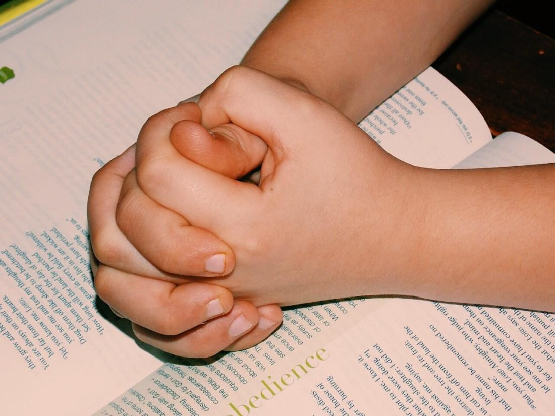 orando a Deus