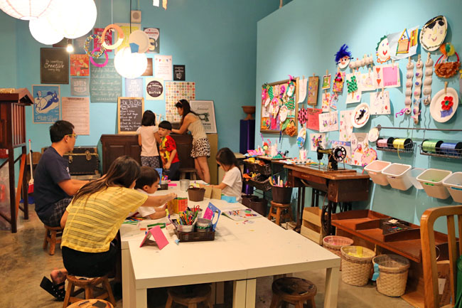 Places Take Kids Eat And Play