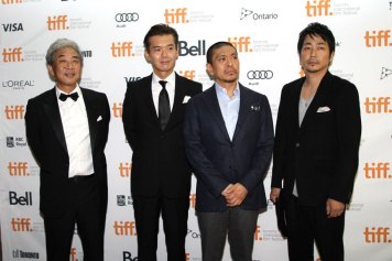 The cast of the Japanese film R100 included Nao Ohmori, Mao Daichi, Shinobu Terajima, Matsuo Suzuki, and Atsuro Watabe