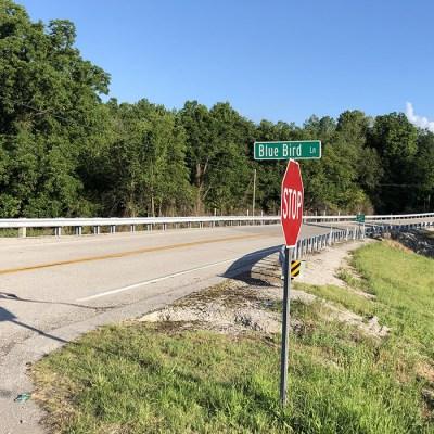 06a - Road sign to the Thomas Jefferson Haston Century Farm.