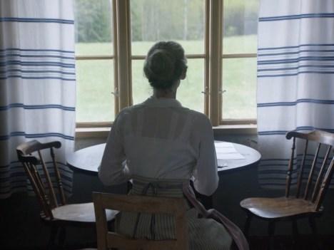 Den allvarsamma leken, Pernilla August, 2016
