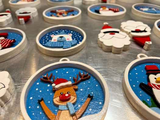 3d wooden handpainted ornaments