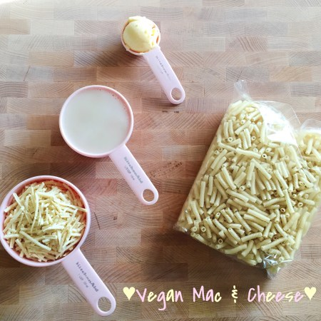 Easy Peezy Vegan Mac & Cheesy