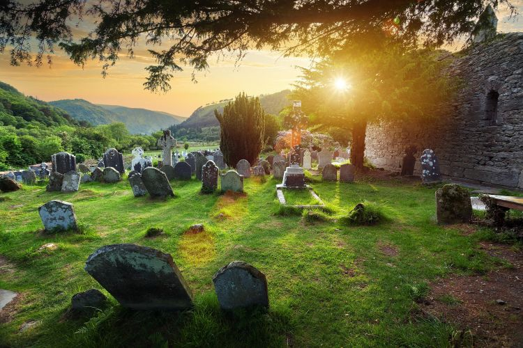 the-cemetery-at-the-glendalough-monastic-site-in-country-wicklow-ireland-512480108-58b9cbff3df78c353c37b868