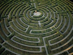 World_France_Garden_maze_022035_29