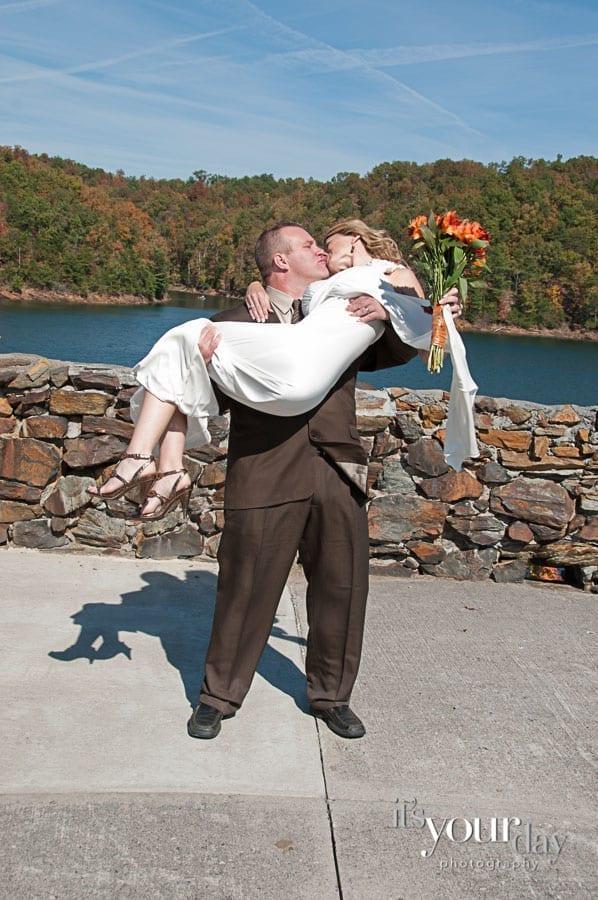 wedding photographer carters lake atlanta wedding photographer
