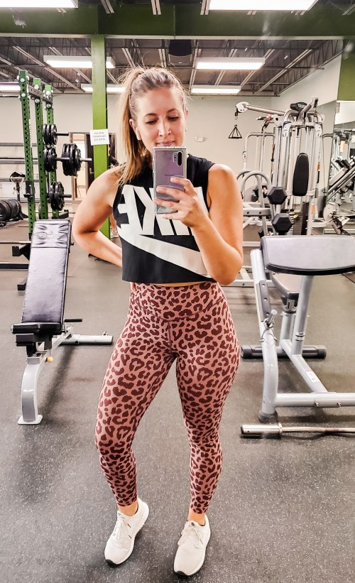 balance-athletica-ascend-leggings-danielle-comer-blog