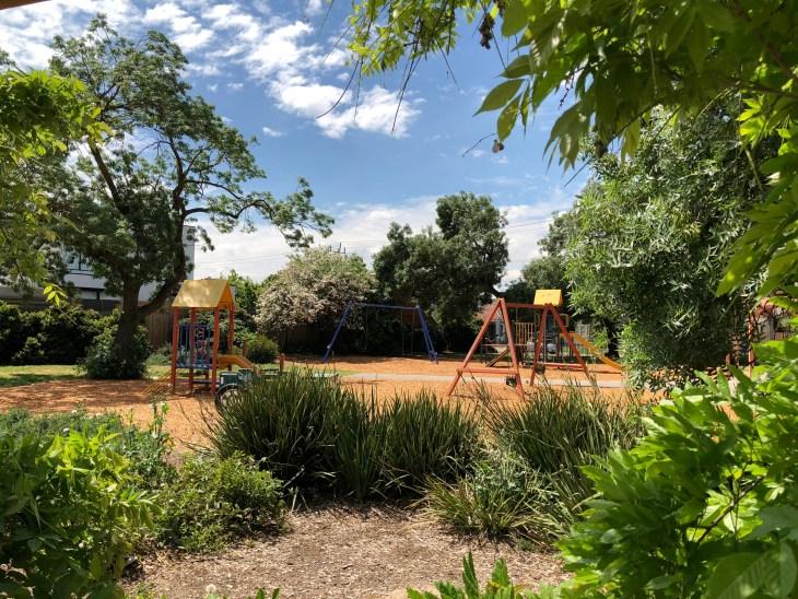 melbourne playgrounds clyde jones reserve thornbury kids