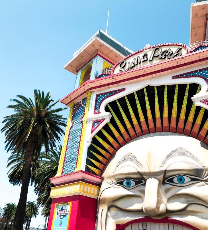 luna park melbourne lifestyle blogger best burgers california burgers